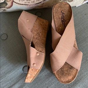 Lucky Brand Elastic Cork Wedges - 6.5